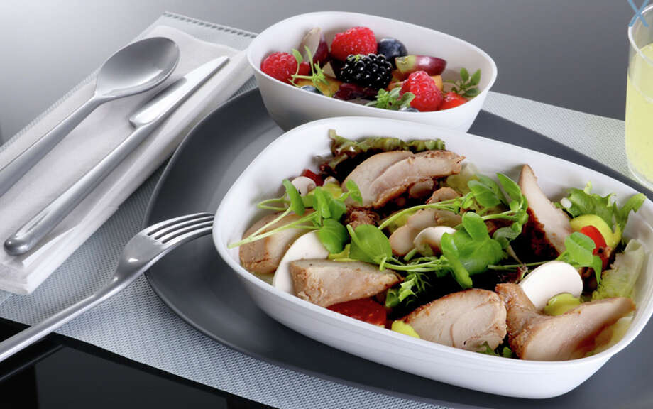 Delta will add better meals and new dinnerware for international economy passengers. Photo: Delta