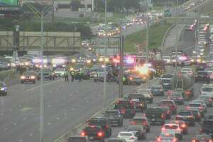 A major crash is shutting down all but one lane on U.S. 281 North near Bitters Road.