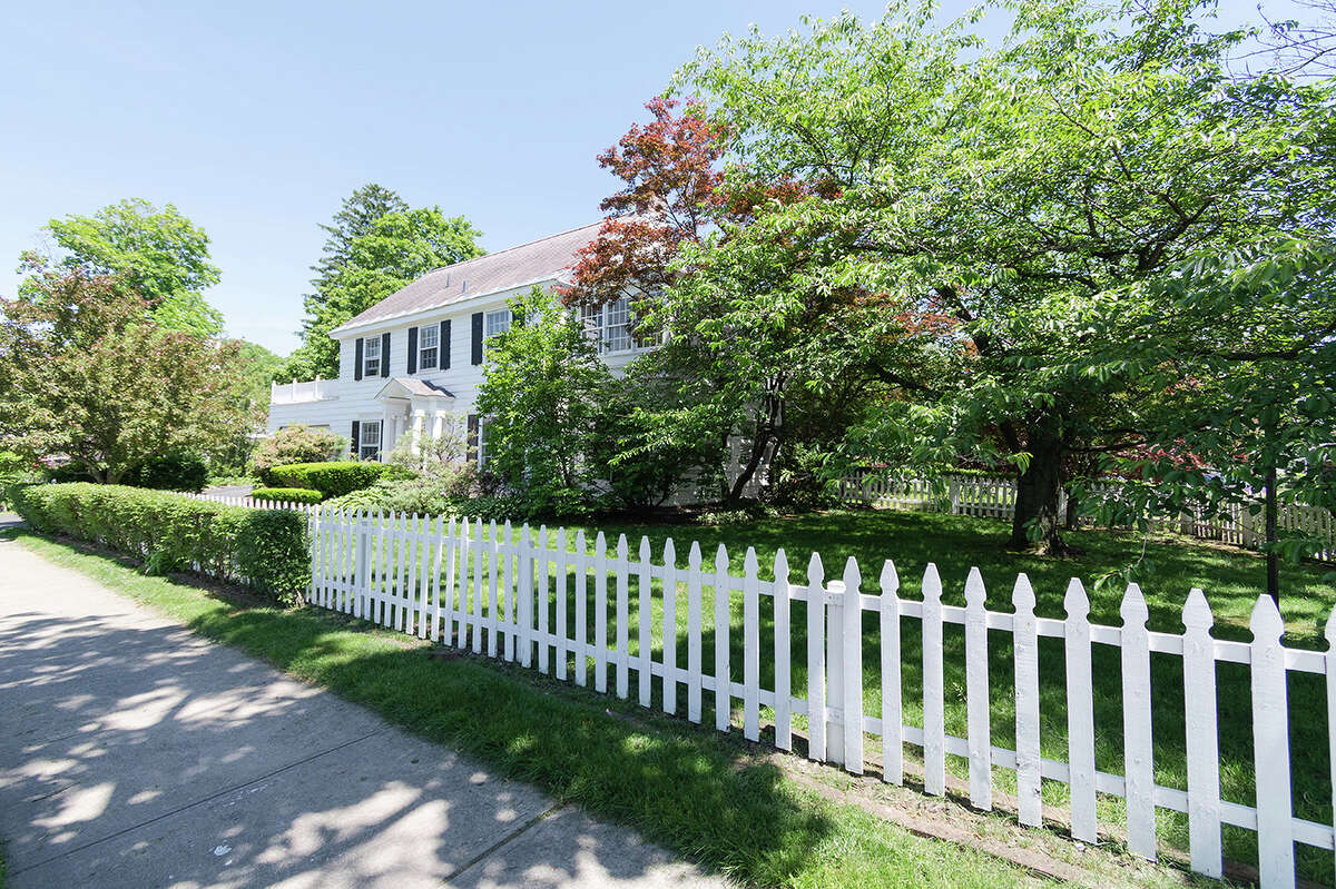 House of the Week: 262 S. Main Ave., Albany | Realtor: Daniel Odabashian | Discuss: Talk about this house