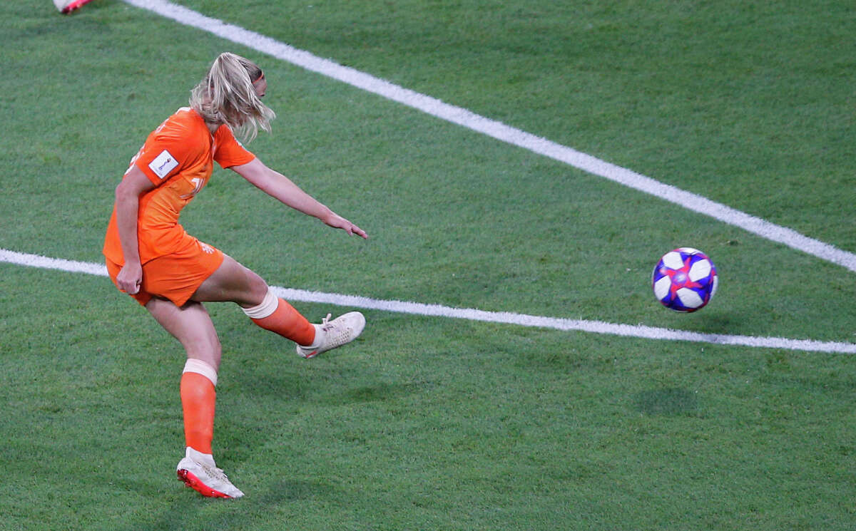 Netherlands' Jackie Groenen scores her side's opening goal during the Women's World Cup semifinal soccer match between the Netherlands and Sweden, at the Stade de Lyon outside Lyon, France, Wednesday, July 3, 2019. (AP Photo/Francois Mori)