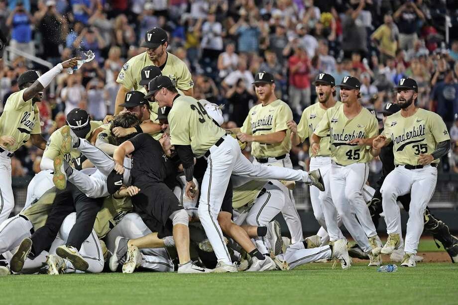 The Woodlands native David Macias was a part of the coaching staff of the 2019 NCAA College World Series champion Vanderbilt Commodores back on June 26. Photo: Peter Aiken, Stringer / Getty Images / 2019 Getty Images