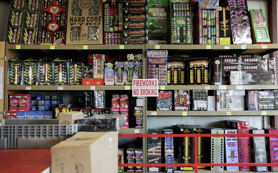 FILE — There will be no restrictions on the sale or use of fireworks in unincorporated parts of Bexar County for New Year's Eve. Photo: Elizabeth Conley, Staff Photographer / © 2018 Houston Chronicle