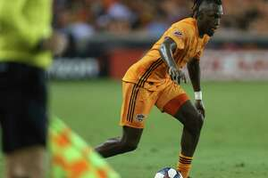 Houston Dynamo forward Alberth Elis (17) dribble down the field during the second half of the MLS game against the New York Red Bulls at BBVA Stadium on Wednesday, July 3, 2019, in Houston.
