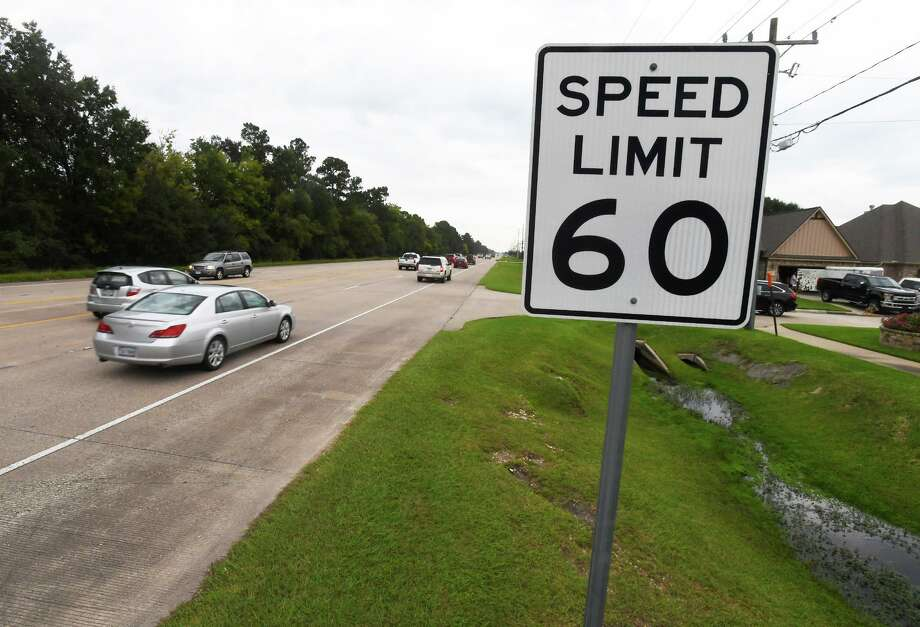 The city of Beaumont plans to reduce the speed limit on Major Drive between Delaware Street and Folsom Drive from the posted 60 mph to 50.  Photo taken Monday, 10/1/18 Photo: Guiseppe Barranco/The Enterprise, Photo Editor / Guiseppe Barranco ©