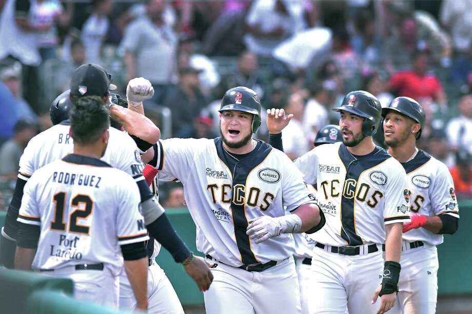 Designated hitter Balbino Fuenmayor had a three-run homer in the first inning of the Tecolotes' game against the Diablos Rojos Wednesday. Photo: Cuate Santos /Laredo Morning Times / Laredo Morning Times