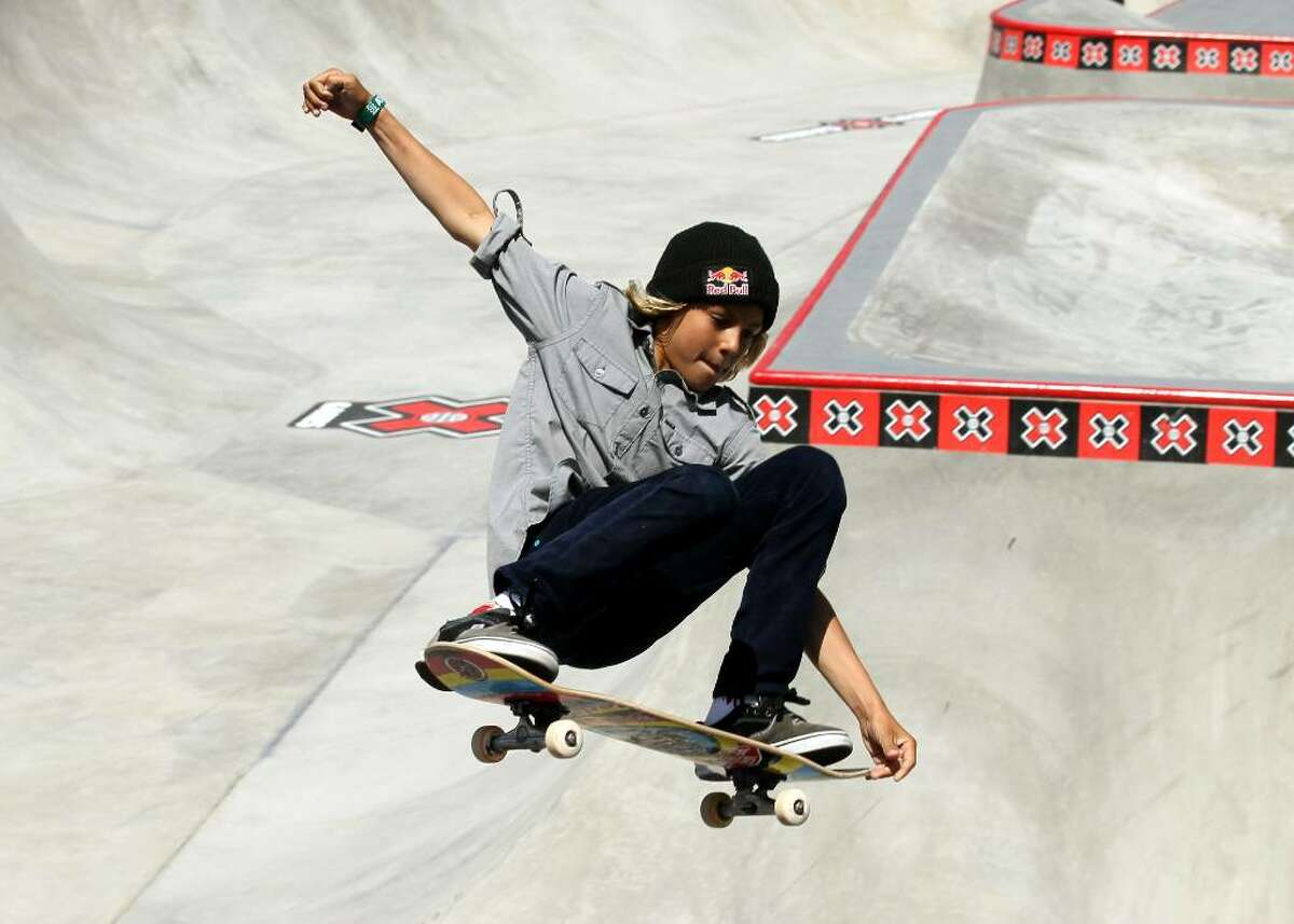 LOS ANGELES - JULY 30: Fourteen year old amatuer Curren Caples performs during the Skateboard Park Elimination at the Event Deck at LA LIVE during X Games 16 on July 30, 2010 in Los Angeles, California. (Photo be Stephen Dunn/Getty Images) *** Local Caption *** Curren Caples