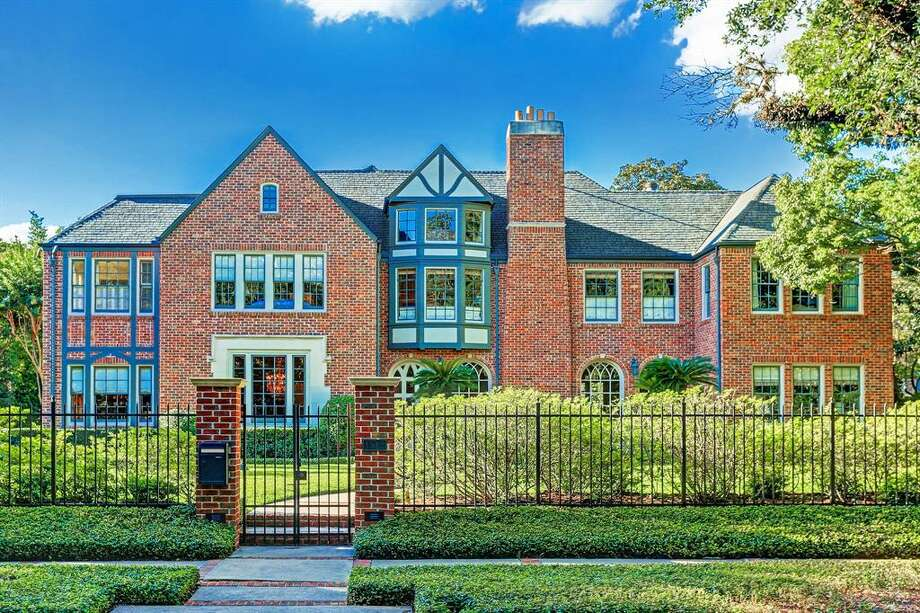The historic home at 1512 South Boulevard in the Museum District was originally built in 1925. Just listed at $5.25 million, the stunning estate was designed and later renovated by several prominent architects, including Billy W. Francis and L.W. Lindsay. Photo: TK Images/Houston Association Of Realtors