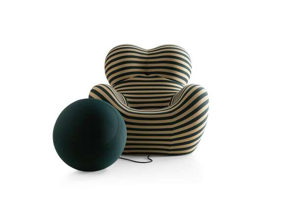Amazing At 50 Gaetano Pesces Up5 Chair Celebrates With New Colors Alphanode Cool Chair Designs And Ideas Alphanodeonline