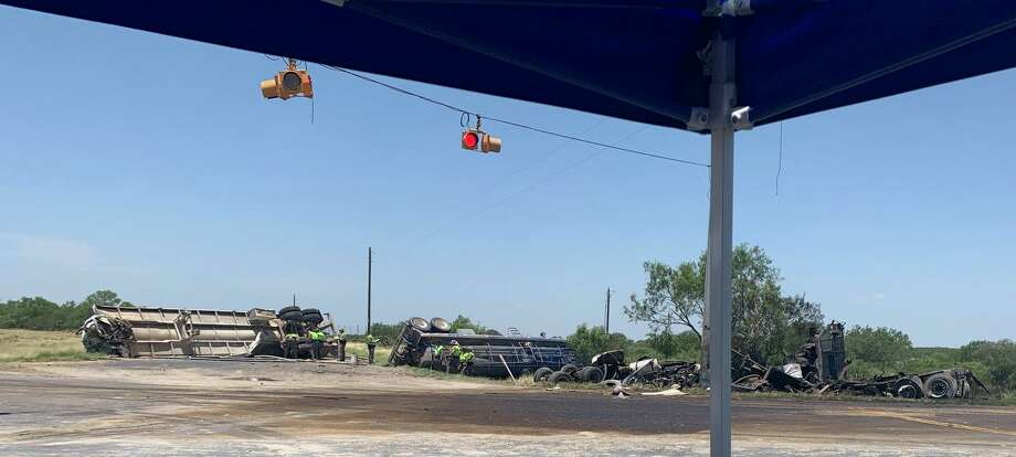 Texas Department of Public Safety troopers can be seen at the scene of a crash that left two people dead. The crash occurred at about 7:20 a.m. in the area of North U.S. 83 and Texas 255. An investigation is underway. Photo: Courtesy Photo /Texas Department Of Public Safety