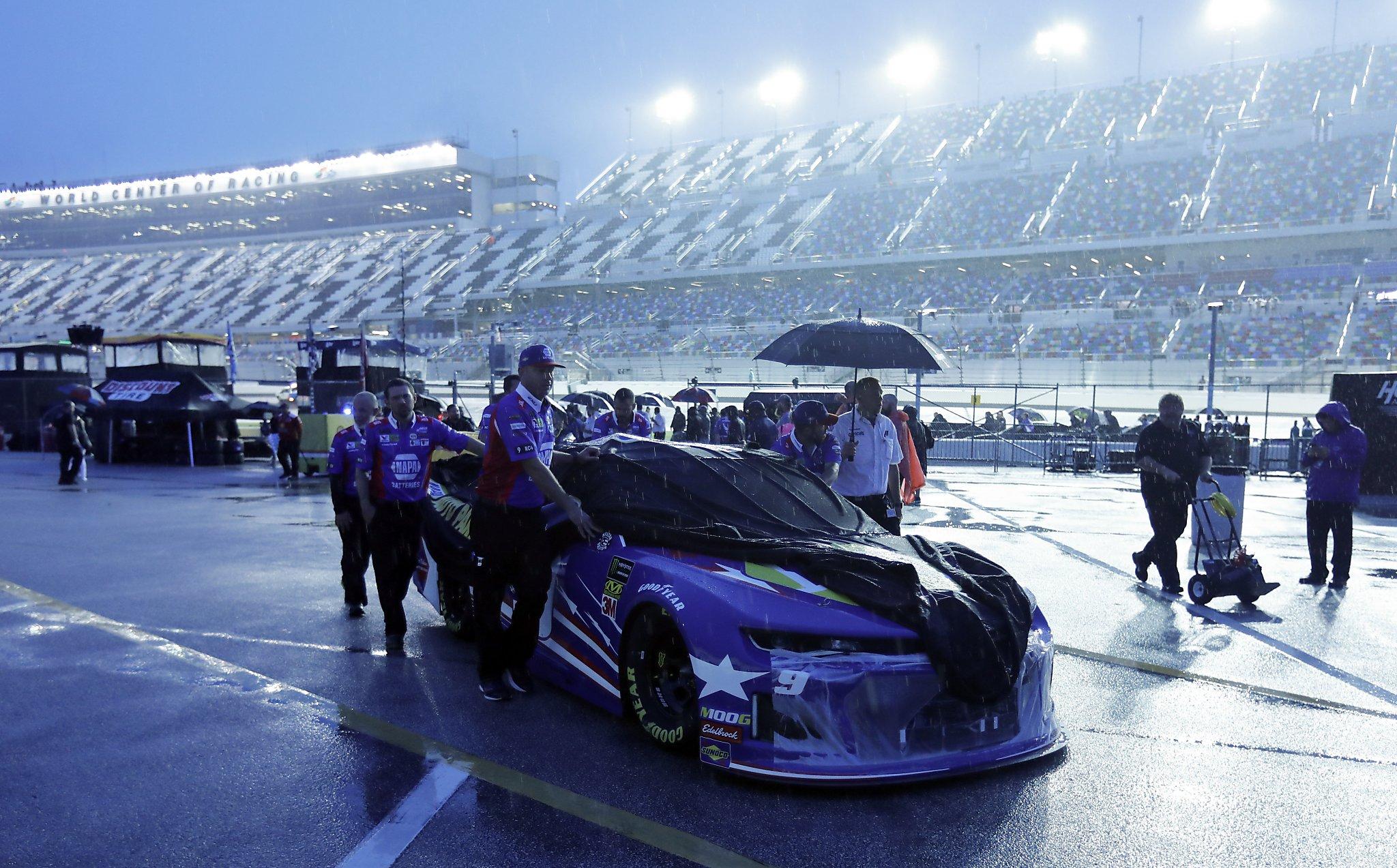 Daytona 500 postponed by rain, rescheduled for Monday