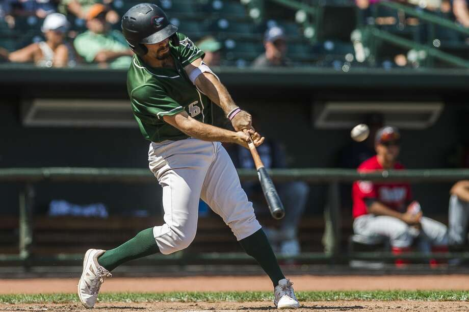 Great Lakes Loons third baseman Luke Heyer swings on a pitch during a game against the Fort Wayne Tincaps on Sunday, July 7, 2019 at Dow Diamond. (Katy Kildee/kkildee@mdn.net) Photo: (Katy Kildee/kkildee@mdn.net)