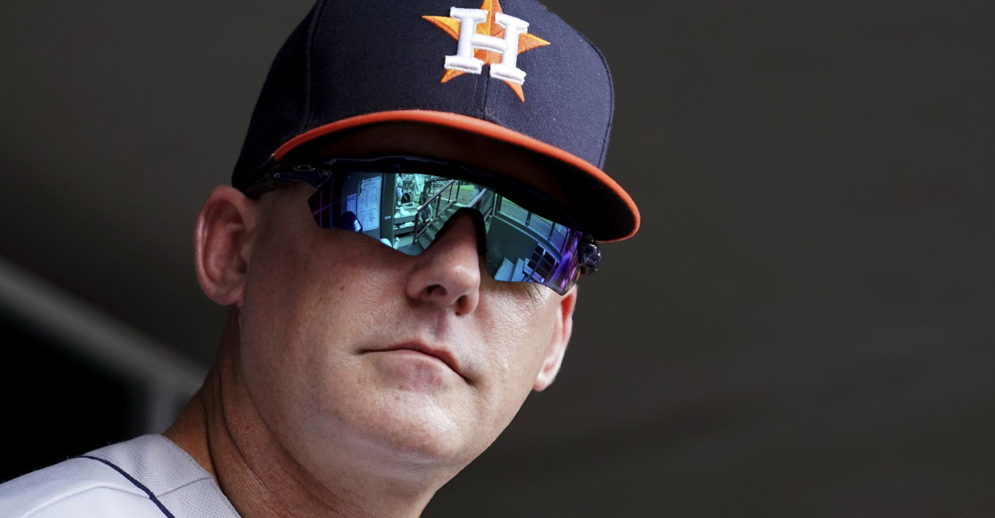 A.J. Hinch proud of how Astros have handled injuries