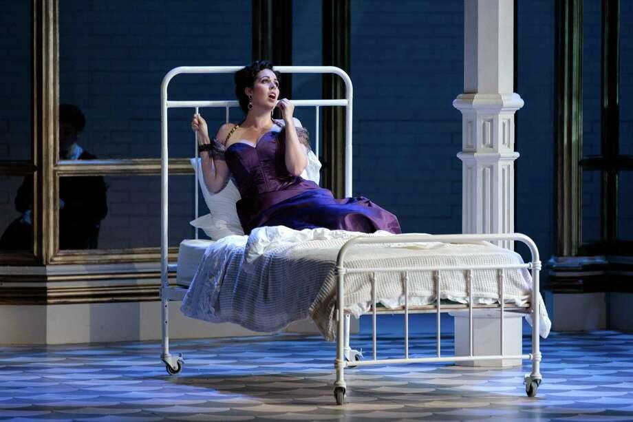 """Amanda Woodbury as Violetta in The Glimmerglass Festival's 2019  production of """"La traviata."""" Photo: Karli Cadel/The Glimmerglass  Festival Photo: Karli Cadel / The Glimmerglass Festival / © 2019 Karli Cadel"""