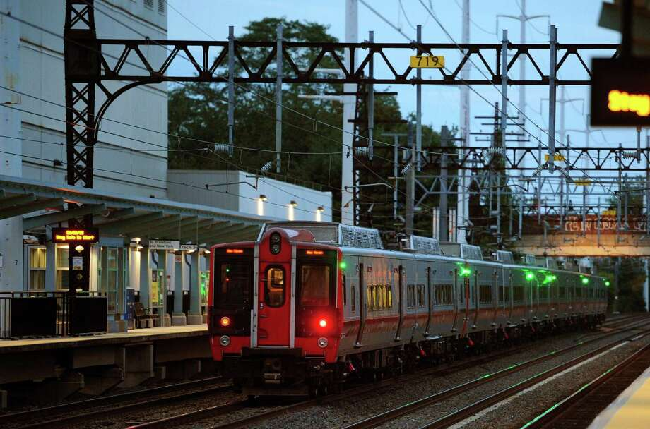 A train passes through at the Fairfield Metro train station in Fairfield, Conn. on Thursday Sept. 29, 2016. Photo: Christian Abraham / Hearst Connecticut Media / Connecticut Post