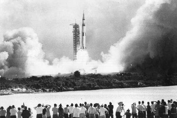 5 ways to celebrate the Apollo 11 anniversary in California