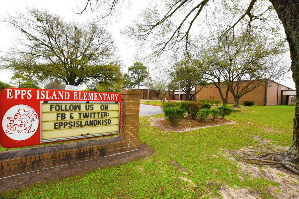 Klein ISD Green Epps Island Elementary will go through renovations . 7403 Smiling Wood Ln Schools in Klein ISD that are planned to undergo renovations include Greenwood Forest and Epps Island Elementary as well as Hildebrandt Intermediate School. The 2015 Bond Program will be used to cover the expenses of the planned renovations.