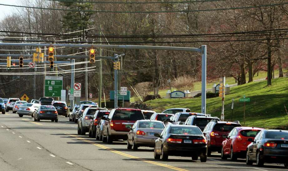 A view of the traffic along Route 110 at Oronoque Lane in Stratford, Conn., on Thursday, Apr. 5, 2018. Construction is underway to realign the gate to Sikorsky so it lines up with Oronoque Lane, thus improving traffic flow. Photo: Christian Abraham / Hearst Connecticut Media / Connecticut Post