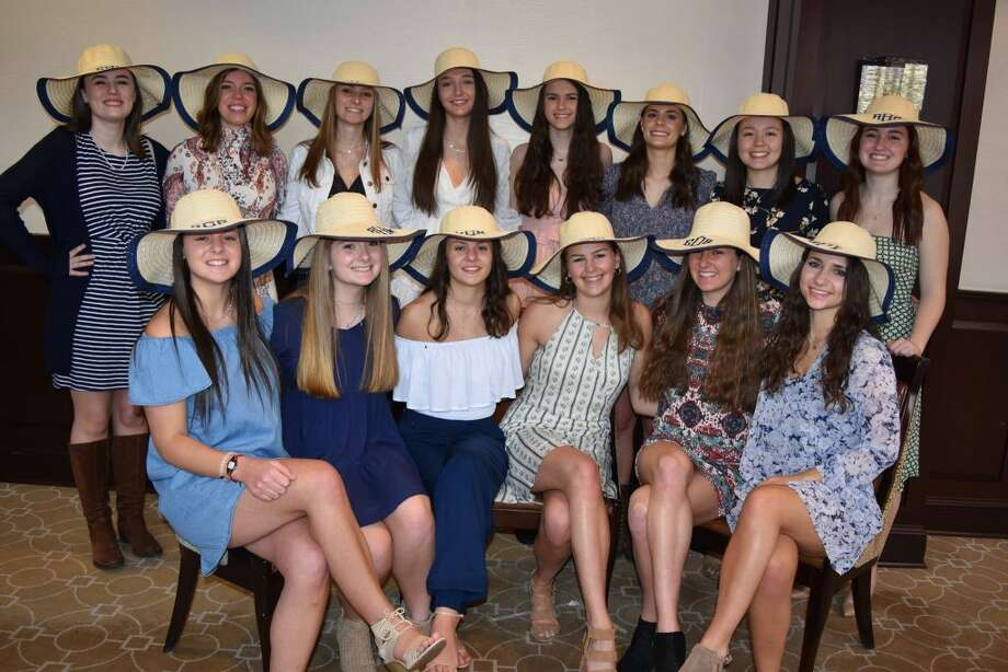 NCL Ridgefield Chapter Class of 2019: Jessica Bosavage, Avery Buckanavage, Lily Carnicelli, Sophia Carnicelli, Quinn Fleming, Julia Garrett, Allie Hart, Anna Hirsch, Caroline Holloway, Katie King, Anna Kuhn, Carly Lieder, Ellie O'Connor, Sophia Pilla, Grace Preston, Gabriella Puchall, Julia Sullivan, and Callie Whelan.
