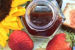 Strawberry Rhubarb Chutney