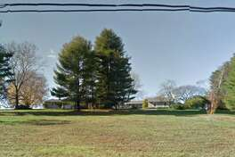 A house at 7 Turtle Back Road South in New Canaan, Connecticut sells for $3,550,000 Photo: Google Street View