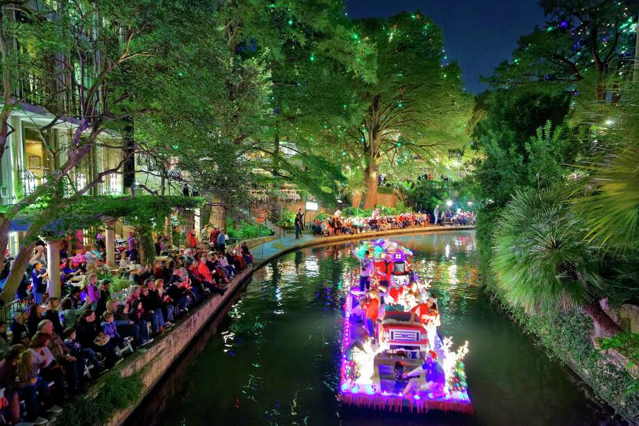The Ford Holiday River Parade will take Nov. 29. Photo: David Finell /Ford Holiday River Parade