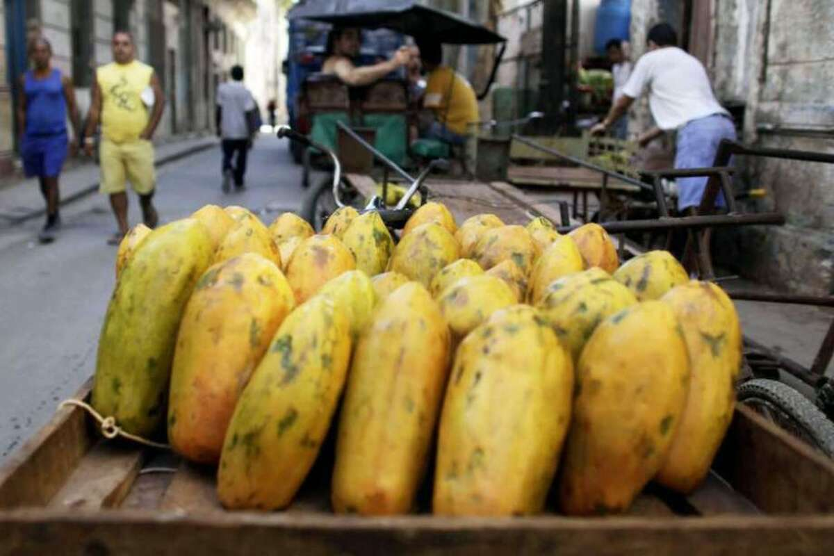 Papayas from Mexico are reportedly a health risk. - Javier Galeano/Assoicated Press photo