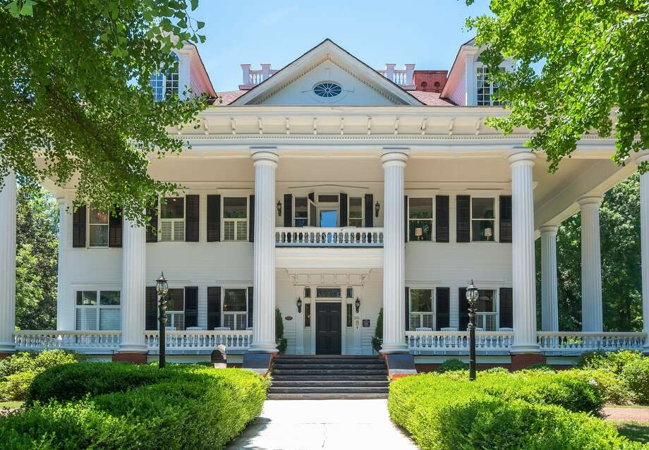 "Twelve Oaks in Covington, Ga., the inspiration for Ashley Wilkes' plantation home in ""Gone With the Wind,"" is up for auction. See the listing at TopTenRealEstateDeals.com. Photo: Target Auction"