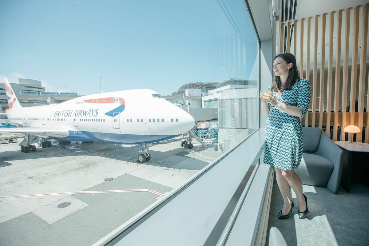 Taking in the nice views of the ramps and hills from the new British Airways lounge at SFO