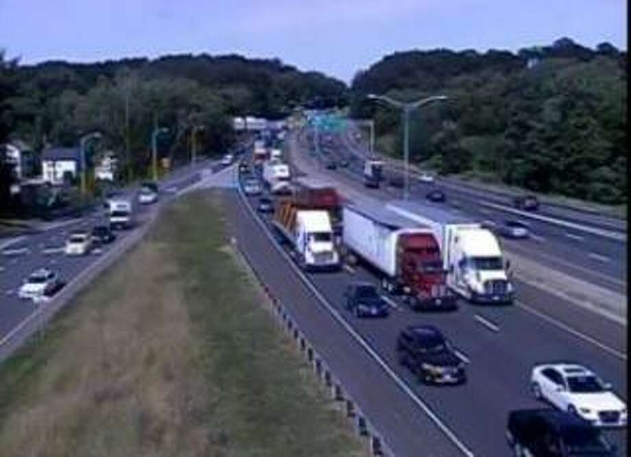 The CTDOT traffic camera showing I-85 west at Exit 6 — North Street — in Danbury, Conn. Photo: Contributed Photo