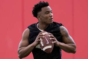 University of Houston quarterback D'Eriq King runs a drill during the first day of spring practice on Tuesday, March 19, 2019, in Houston.