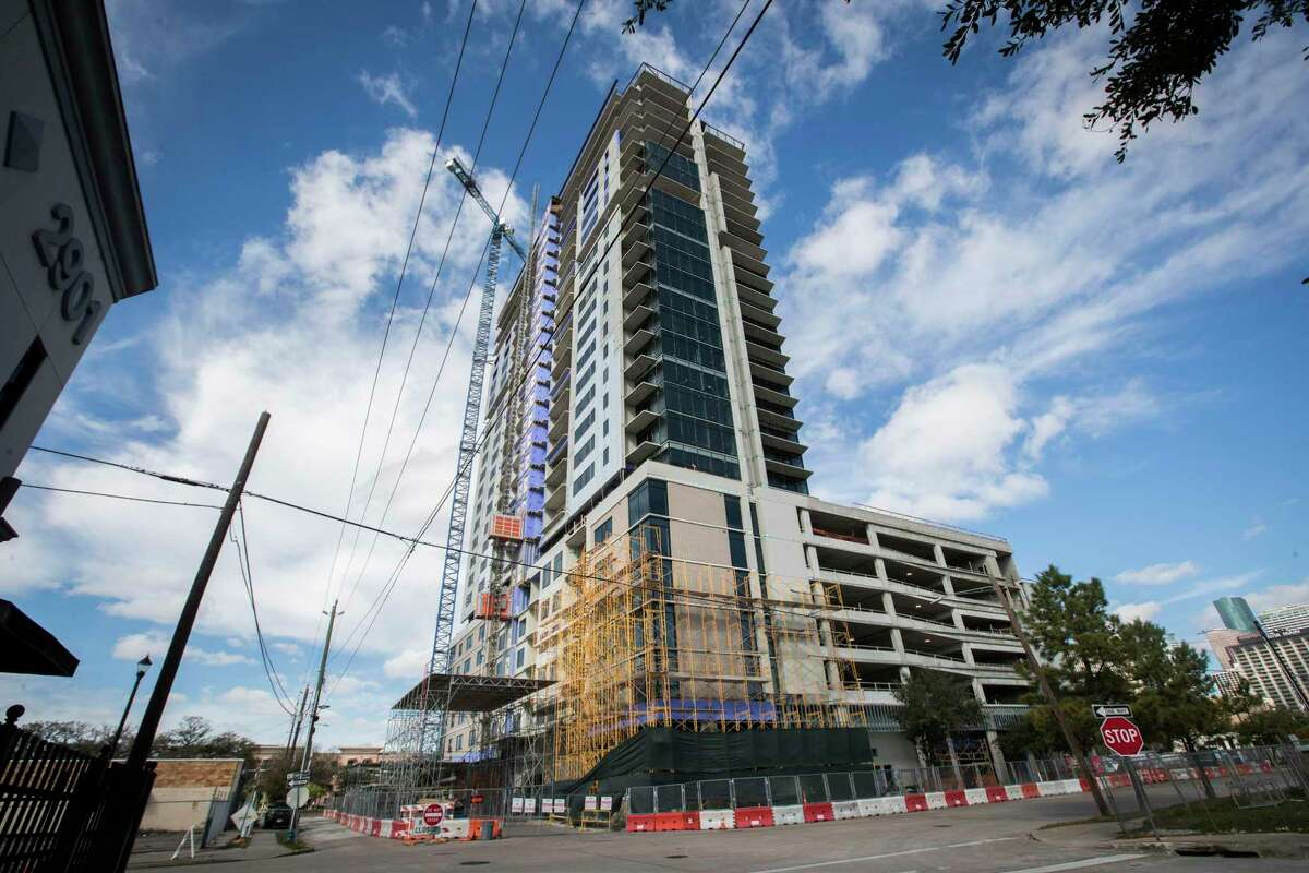 Luxury apartment high-rise under construction on Fannin in Midtown Houston, Sunday, Jan. 6, 2019.