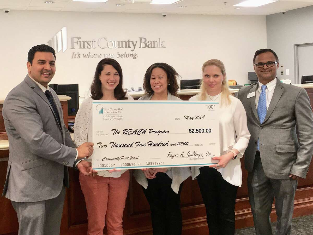 First County Bank has awarded Bridgeport Hospital's REACH Program with $2,500 to go toward the children's program (patients ages 5-12 years old).
