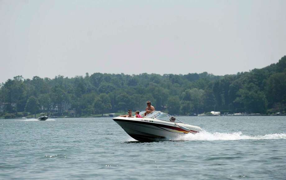 Boating on Candlewood Lake in Brookfield, Monday, July 2, 2018. Photo: Carol Kaliff / Hearst Connecticut Media / The News-Times