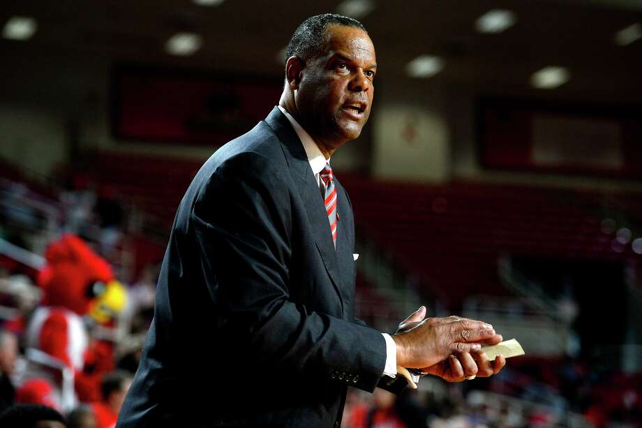 Lamar men's basketball coach Tic Price watches from the sideline during the first half of a game against McNeese State at the Montagne Center on Saturday afternoon.  Photo taken Saturday 2/4/17 Ryan Pelham/The Enterprise Photo: Ryan Pelham / Ryan Pelham/The Enterprise / ©2017 The Beaumont Enterprise/Ryan Pelham