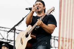 NASHVILLE, TENNESSEE - JUNE 06: (EDITORIAL USE ONLY) Billy Currington performs on stage during day 1 of 2019 CMA Music Festival on June 06, 2019 in Nashville, Tennessee. (Photo by Danielle Del Valle/Getty Images)