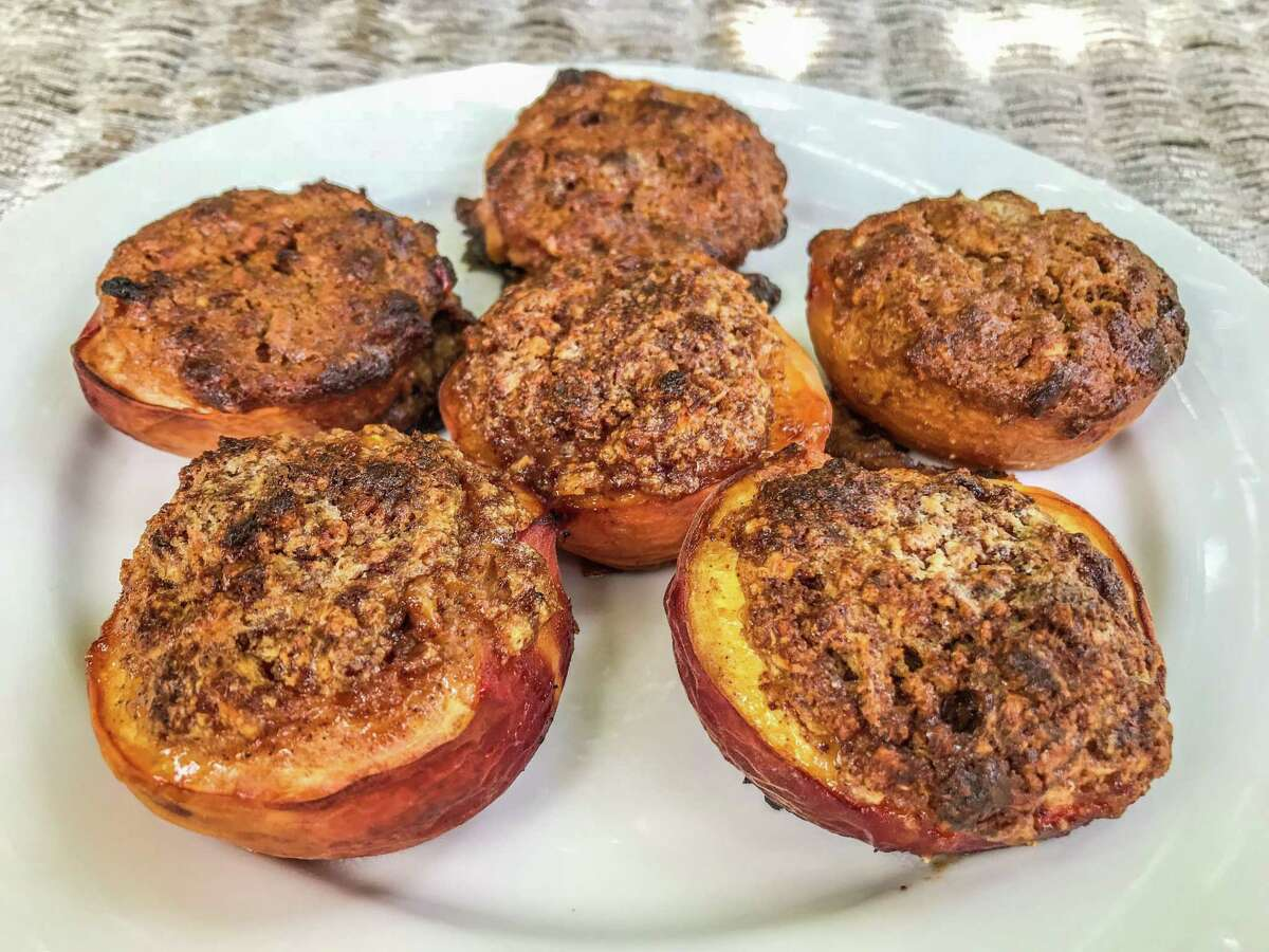 Spicy Stuffed and Baked Peaches