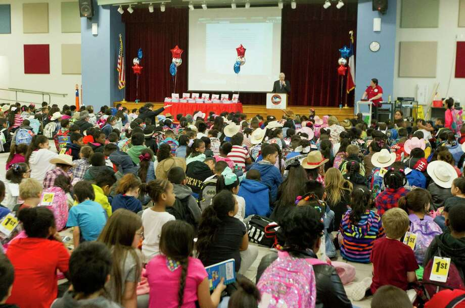 Conroe ISD is set to launch a pilot program for full-day pre-K program this fall at Sam Houston Elementary School and Houser Elementary School. Here, Conroe Mayor Toby Powell speaks to students at Sam Houston Elementary in Conroe. Photo: Jason Fochtman, Houston Chronicle / Staff Photographer / © 2019 Houston Chronicle
