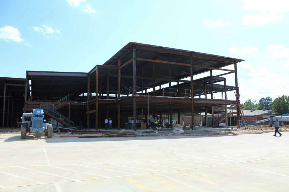 Cleveland ISD celebrates a topping out ceremony at the new addition of the Cleveland High School. Photo: Marcus Gutierrez Staff Photo