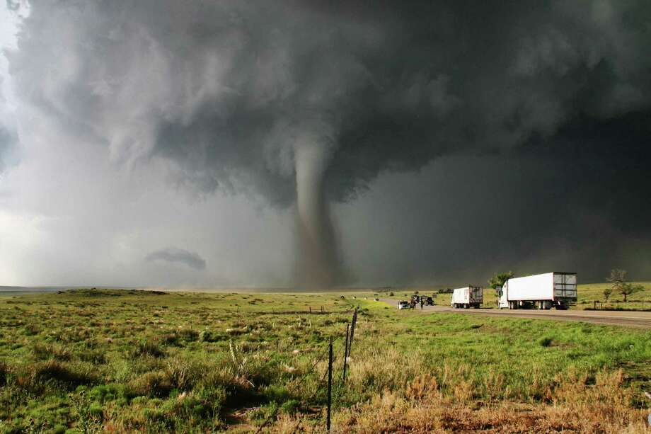 The truth behind 6 common tornado myths - NewsTimes