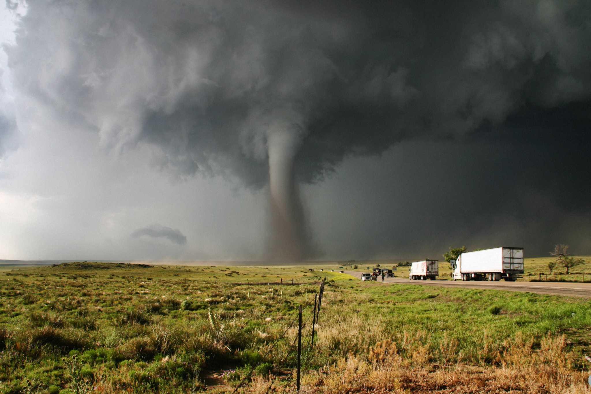 центр торнадо фото фото