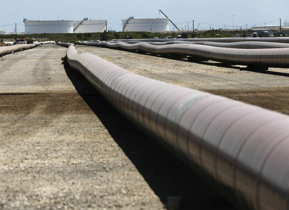 15,000 feet of 30-inch pipe will go under the Nueces Bay to transport oil to NuStar Energy storage facility in Corpus Christi. Photo: Kin Man Hui/Staff Photographer
