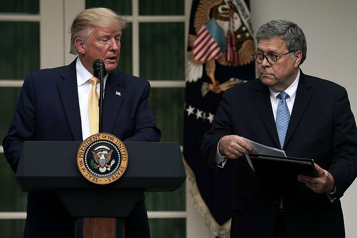 WASHINGTON, DC - JULY 11: U.S. President Donald Trump makes a statement on the census with Attorney General William Barr (R) in the Rose Garden of the White House on July 11, 2019 in Washington, DC. President�Trump, who had previously pushed to add a citizenship question to the 2020 census, announced that he would direct the Commerce Department to collect that data in other ways. (Photo by Alex Wong/Getty Images)