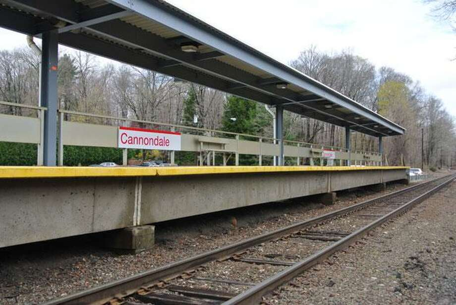 The platform at the Cannondale train station. Wilton, Conn. Photo: Jeannette Ross / Hearst Connecticut Media / Wilton Bulletin