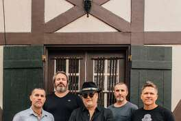 A standup photo of the band Blues Traveler.