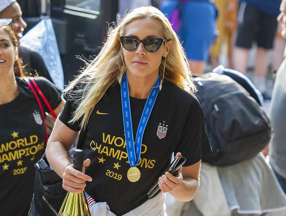 FILE - In this July 8, 2019 file photo, United States women's soccer team member Allie Long walks to a hotel Monday, July 8, 2019, in New York. The celebration was cut short for Long after she discovered someone had burglarized her hotel room in Los Angeles. She tweeted on Thursday, July 11, that it happened after the team was honored at The ESPYS on Wednesday night. (AP Photo/Corey Sipkin, File) Photo: Corey Sipkin / Associated Press