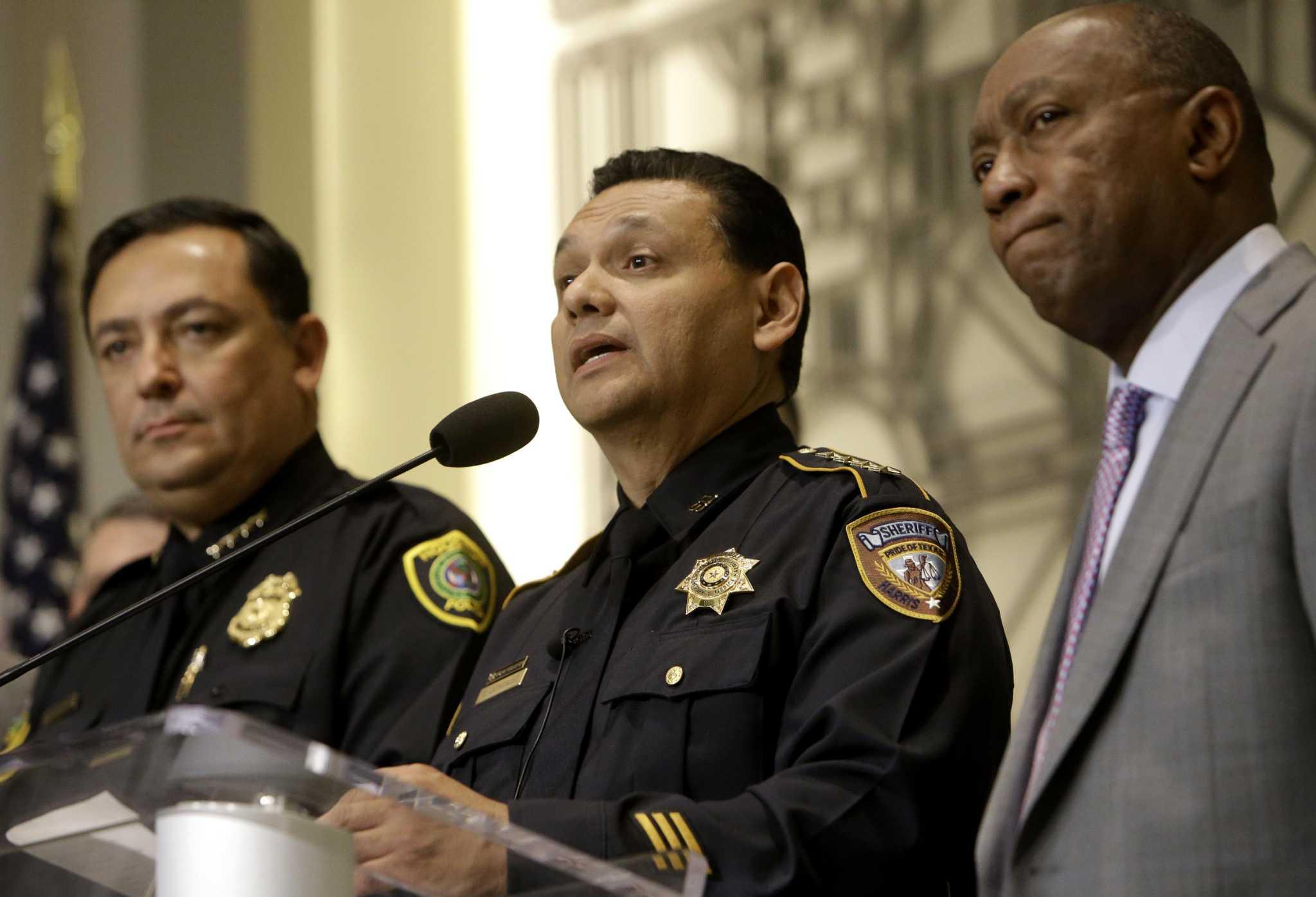 Top Houston, Harris County officials condemn raids ...