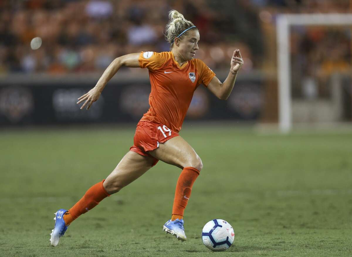Houston Dash midfielder Kristie Mewis (19) dribbles during the second half of a NWSL game against the Chicago Red Stars at BBVA Stadium on Saturday, July 13, 2019, in Houston. The Houston Dash lost to the Chicago Red Stars 1-0.