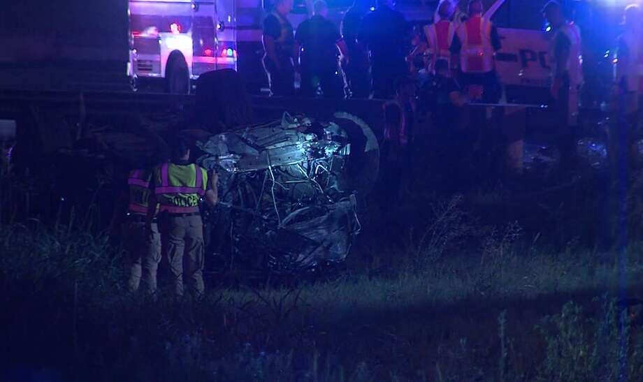 San Antonio police say one teen is dead following a fatal rollover stemming from a vehicle theft early Sunday on the Northwest Side, July 14, 2019. Photo: 21 Pro Video