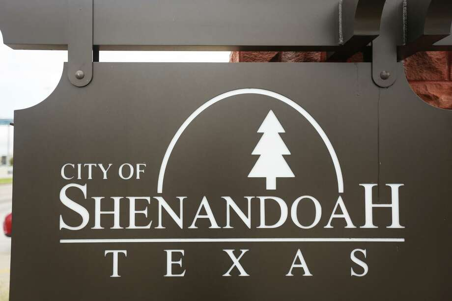 A sign for the City of Shenandoah is pictured on Monday, Aug. 7, 2017. Photo: Michael Minasi, Staff Photographer / Houston Chronicle / © 2017 Houston Chronicle