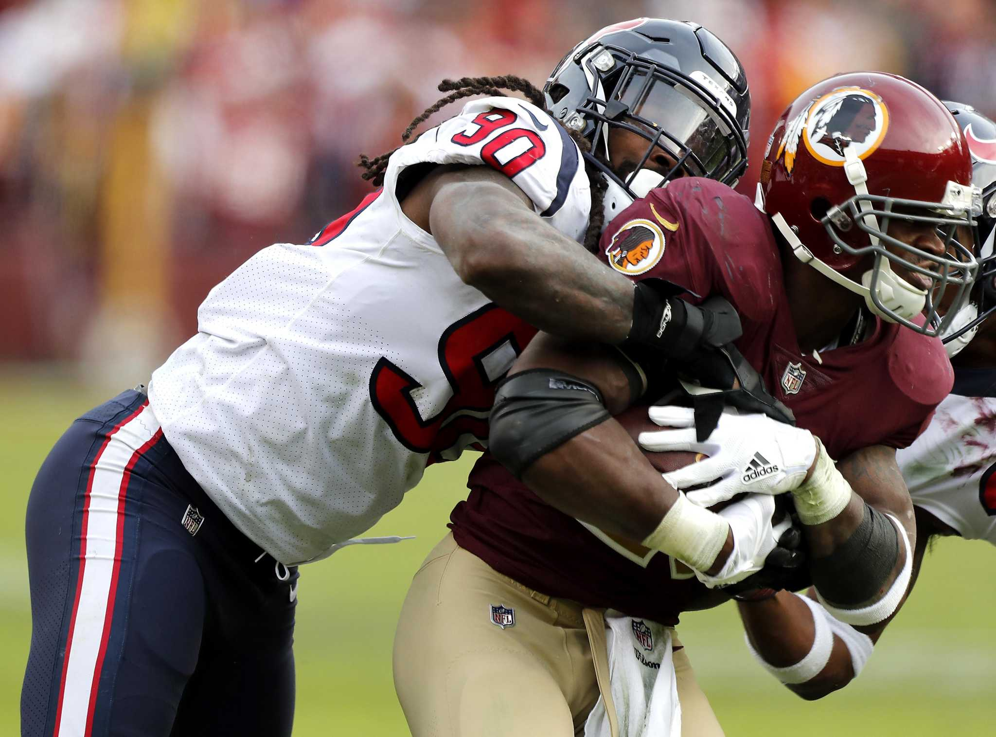 Texans, Jadeveon Clowney prepared to wait it out